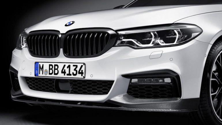 2017-BMW-5-Series-BMW-M-Performance-front-splitter